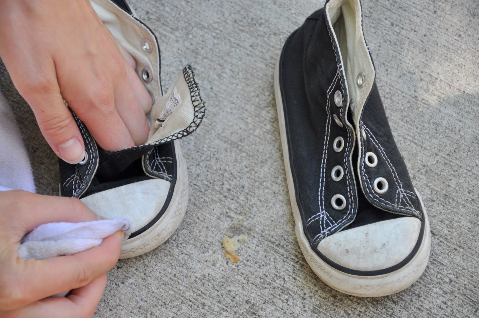 Making shoes look new how to clean shoes - How to clean shoes ...