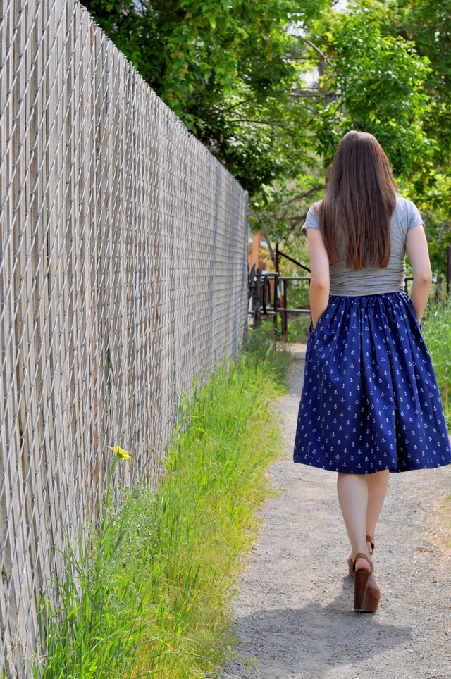 gathered a line skirt and anchor print
