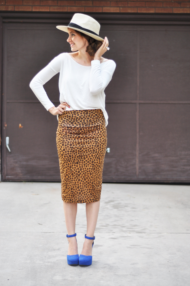 Very Easy Stretchy Pencil Skirt Tutorial Can Be Worn Long Or Short
