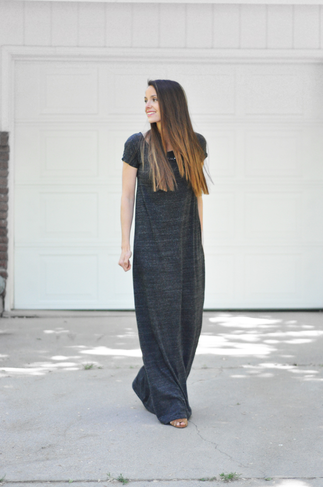 Super Easy Tee Shirt Maxi Dress Tutorial